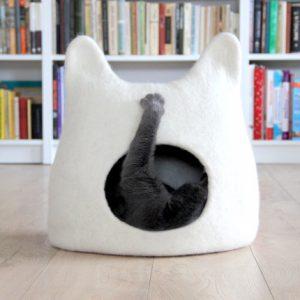 maison-pour-chat-feutre-2